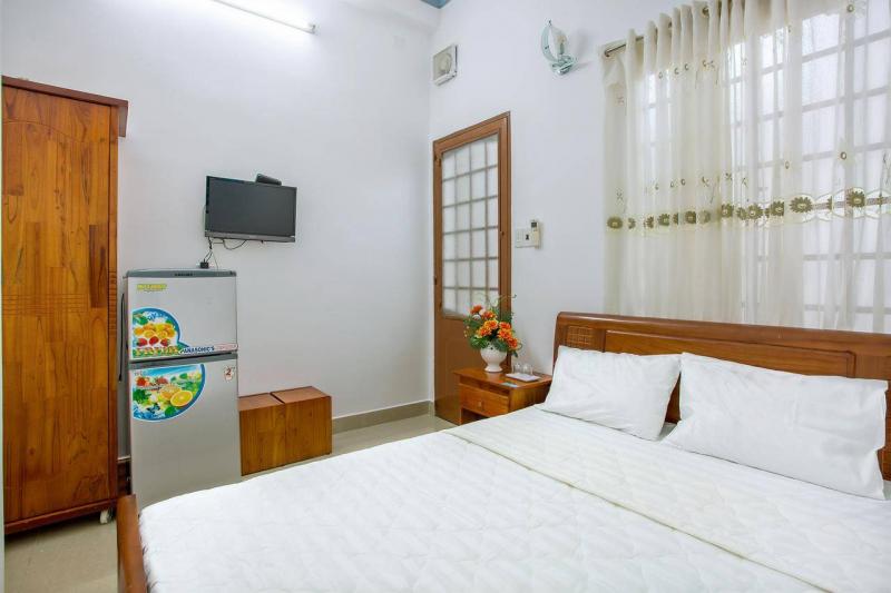 Khách sạn Đạt Lợi
