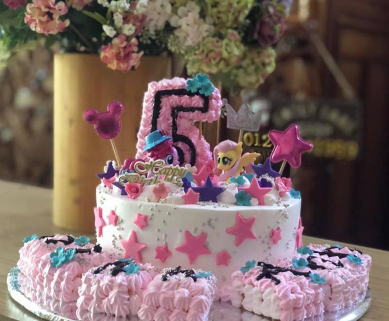 Ngọc Yến Bakery Emily Cake tiệm bánh sinh nhật ngon và chất lượng nhất TP. Pleiku, Gia Lai